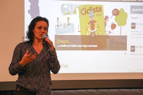 Suzana Leite Nogueira durante a apresentação da Cartilha do Ciclista